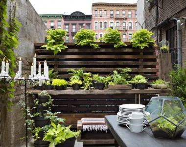 Tri tipy, ako si vylepšiť aj malý balkón