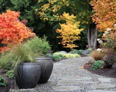 Vytvorte zo záhrady svoje kráľovstvo za málo peňazí